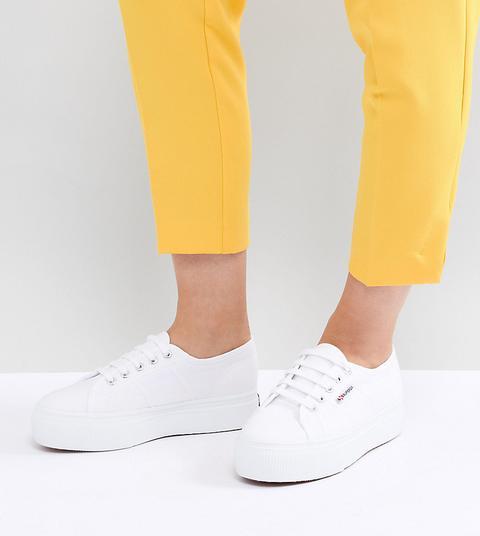 Chunky Sneakers Con Plataforma Plana En Blanco 2790 Linea De Superga de ASOS en 21 Buttons