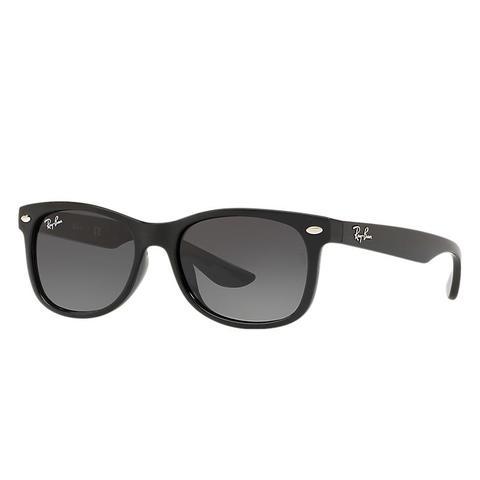 New Wayfarer Junior Unisex Sunglasses Lentes: Gris, Montura: Negro de Ray-Ban en 21 Buttons