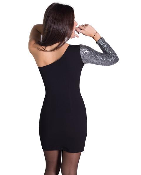 One Dress · Negro