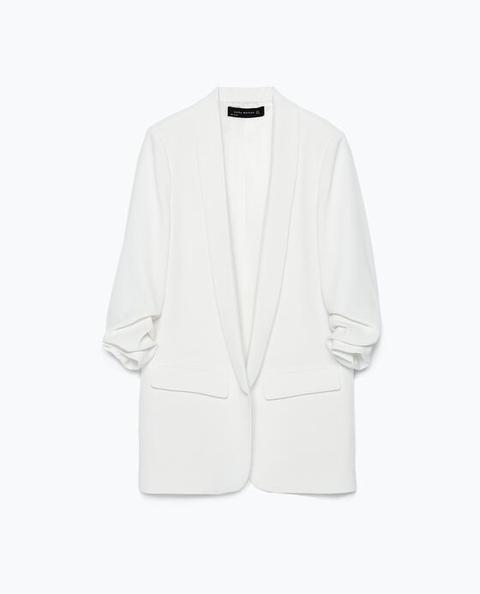 Blazer Con Maniche Arrotolate de Zara en 21 Buttons