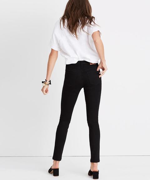 "9"" Mid-rise Skinny Jeans In Isko Stay Black™"