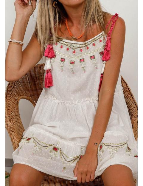 Vestido Blanco Tirante Cordon Fucsia Bordado Dorado From The Desire Shop On 21 Buttons