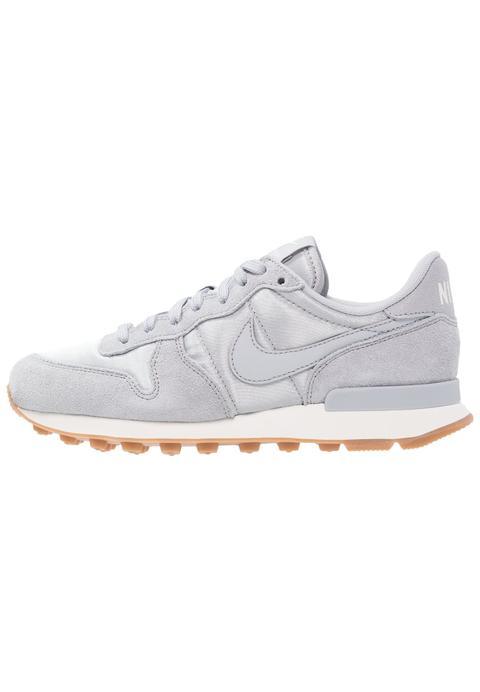 Nike Sportswear Internationalist Zapatillas Dark Greysummit Whiteblack from Zalando on 21 Buttons