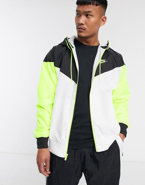 Chaqueta De Chándal Con Capucha Y Cremallera En Blanco/negro/voltio Heritage Essentials Windrunner De Nike de ASOS en 21 Buttons