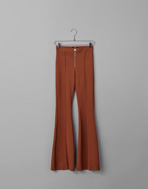 grande sconto super popolare outlet in vendita Pantaloni A Campana from Bershka on 21 Buttons