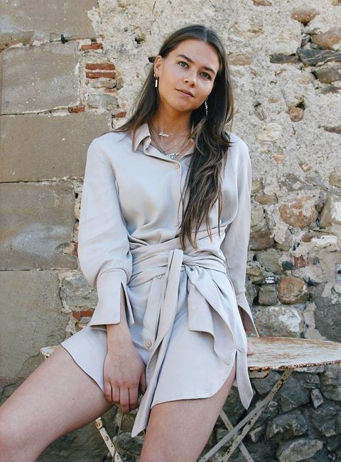 Shelter Dress Beige de Laagam en 21 Buttons