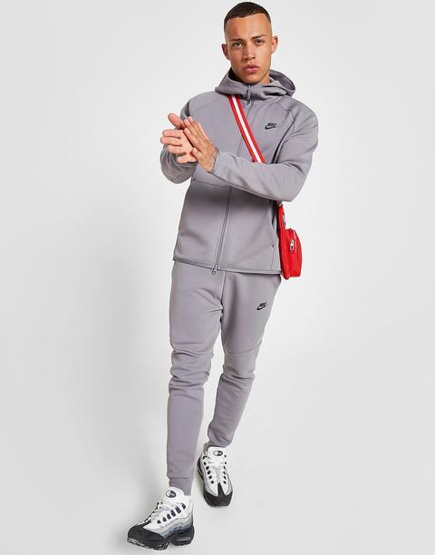 Nike Tech Fleece Windrunner Hoodie Men S Gunsmoke From Jd Sports On 21 Buttons