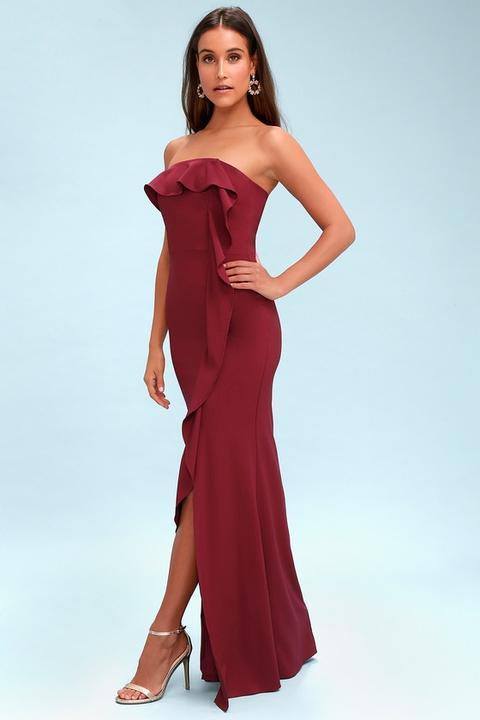 Valerie Burgundy Ruffled Strapless Maxi Dress - Lulus de Lulus en 21 Buttons