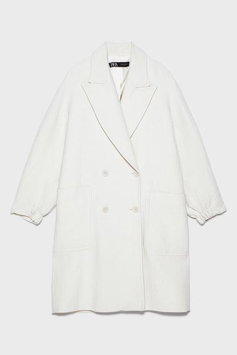 Abrigo Oversize Bolsillos de Zara en 21 Buttons