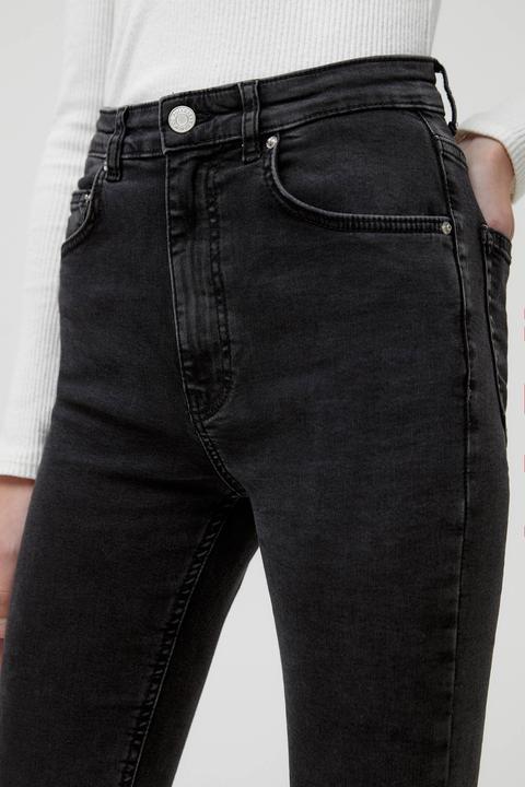 Jeans Básicos Kick Flare