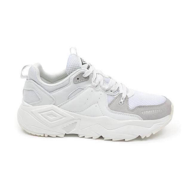 Runner Sneaker from Umbro on 21 Buttons