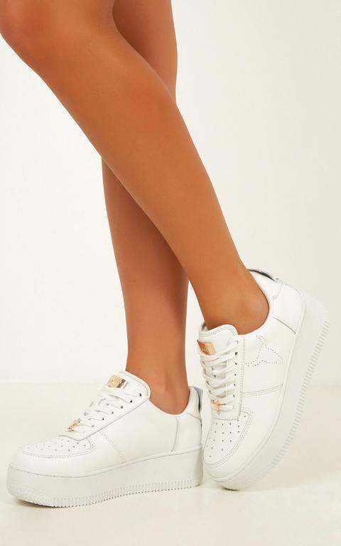 Windsor Smith - Racer Sneakers In White