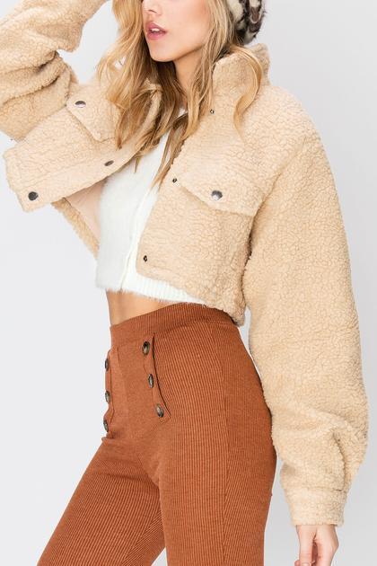 Mindy Cropped Teddy Jacket-2 Colors de Storets en 21 Buttons