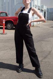 Hayley Overalls de Brandy Melville en 21 Buttons