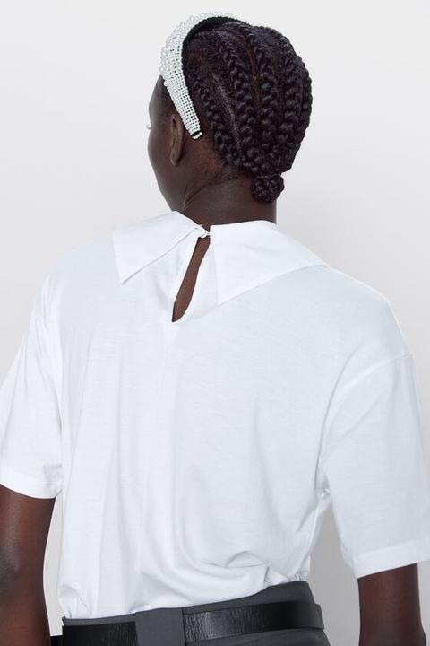 Camiseta Cuello Combinado
