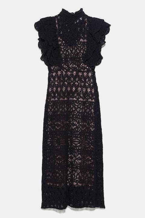 Vestido Estructura Volantes de Zara en 21 Buttons