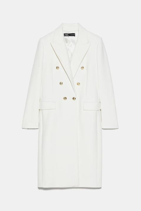 Abrigo Con Lana Botones de Zara en 21 Buttons
