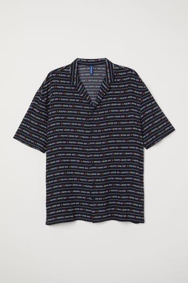 pourtant pas vulgaire vêtements de sport de performance tout neuf H & M - Chemise À Col Cubain - Noir from H&M on 21 Buttons