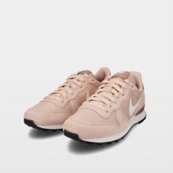 Zapatillas Nike Internationalist from Ulanka on 21 Buttons