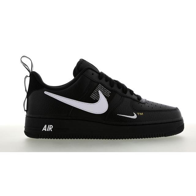 Nike Air Force Utility @ Footlocker