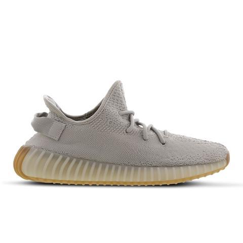 Adidas Yeezy 350 V2 Sesame @ Footlocker