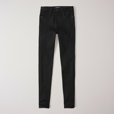 Jeans Superajustados De Tiro Alto de Abercrombie & Fitch en 21 Buttons