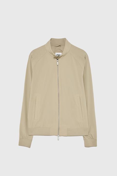 Leichte Jacke Mit Kragen from Zara on 21 Buttons
