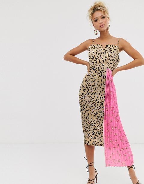 Vestido Midi De Leopardo Con Aplicación De Estampado Floral De Never Fully Dressed de ASOS en 21 Buttons