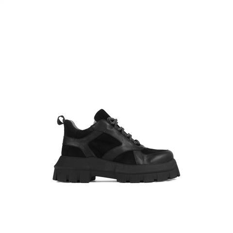 Sneaker Plataforma Adele de Un Paso Mas en 21 Buttons