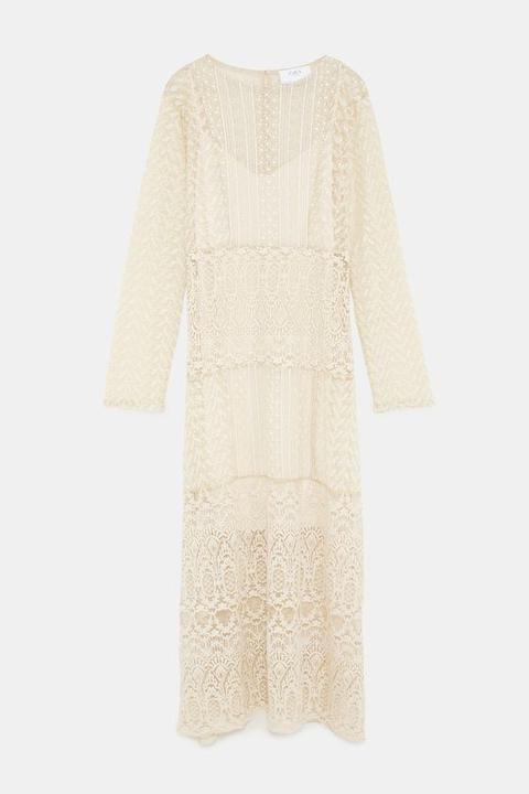 Robe Longue En Dentelle From Zara On 21 Buttons
