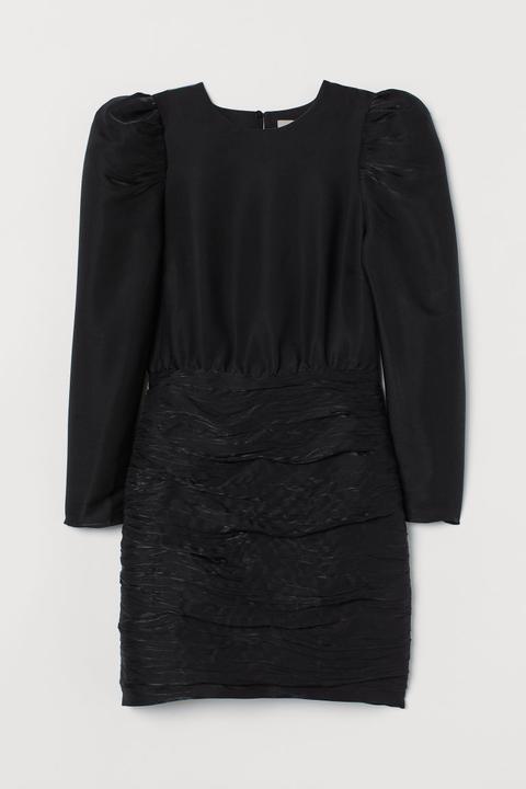 Vestido Con Mangas Abullonadas - Negro de H&M en 21 Buttons