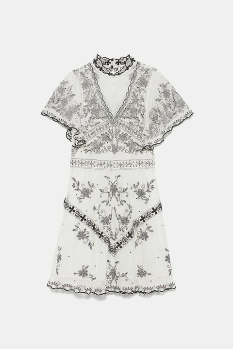 Vestido Bordados Edición Limitada de Zara en 21 Buttons