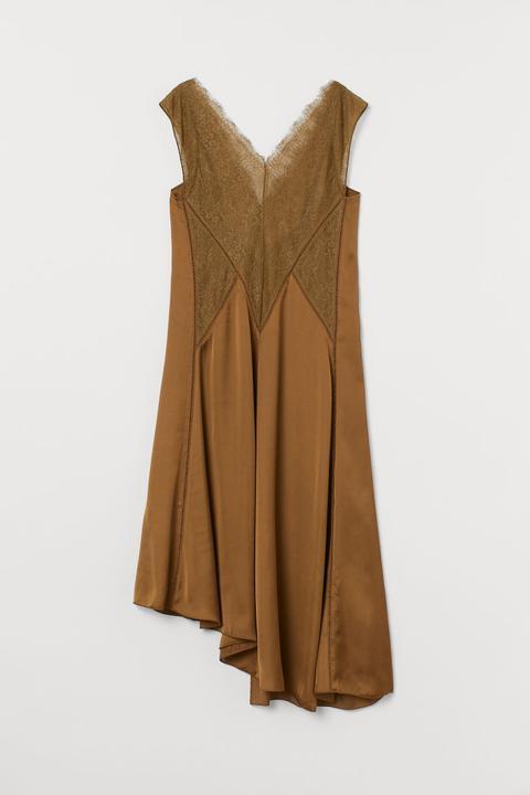 Vestido De Satén - Beis de H&M en 21 Buttons