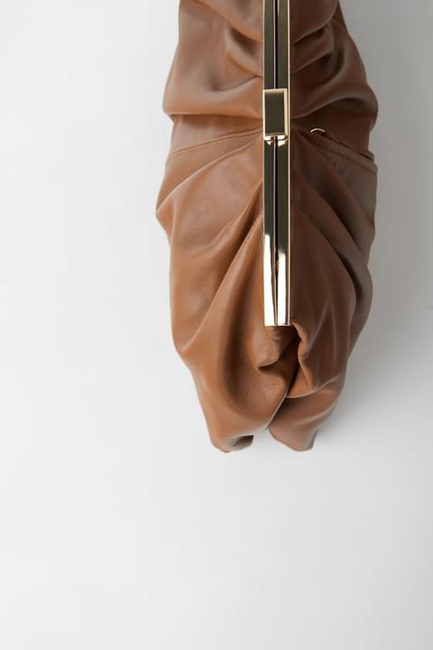 Bandolera Piel Doble Cuerpo de Zara en 21 Buttons