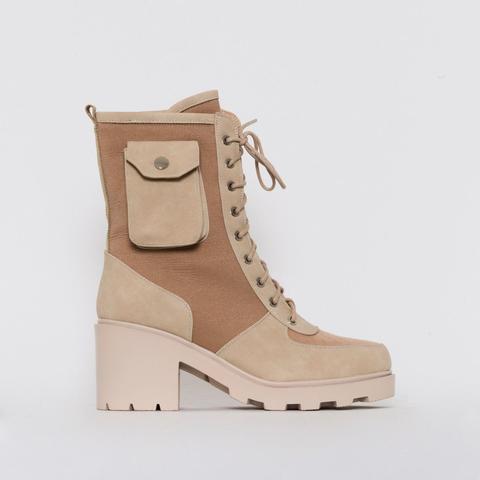 Charlie Camel Mesh Pocket Ankle Boots de Simmi Shoes en 21 Buttons