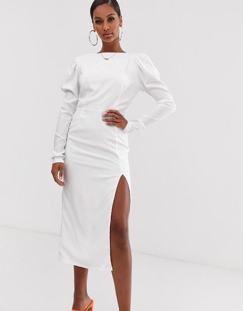 Vestido Blanco Semilargo De Manga Larga Con Espalda Abierta De John Zack