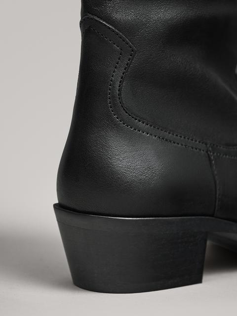 Botín Cowboy Negro de Massimo  Dutti en 21 Buttons