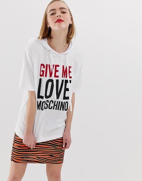 Camiseta Give Me Love De Love Moschino de ASOS en 21 Buttons