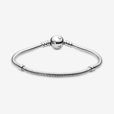 Pandora Disney, Moments Sparkling Mickey Mouse Snake Chain Bracelet - Sterling Silver / Clear