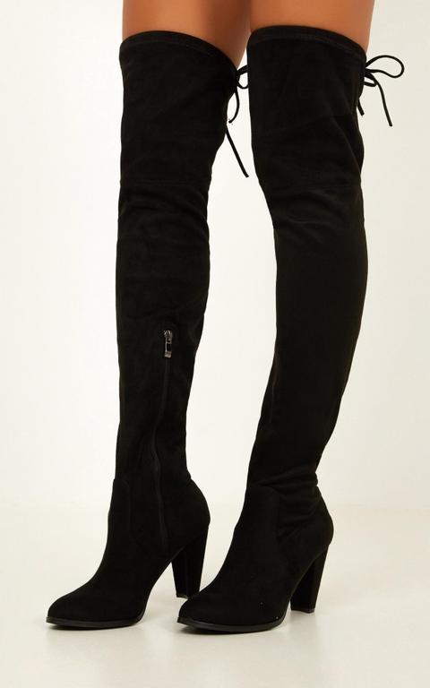 Therapy Shoes - Ambrose Boots In Black Micro de Showpo en 21 Buttons