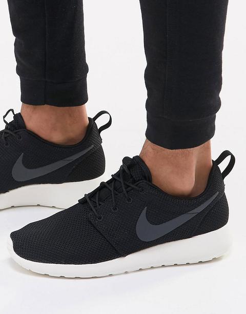 scarpe nike roshe run nere