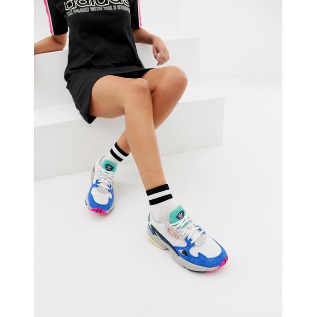 mucho Periódico Necesito  Adidas Originals Falcon Trainer In White Multi from ASOS on 21 Buttons