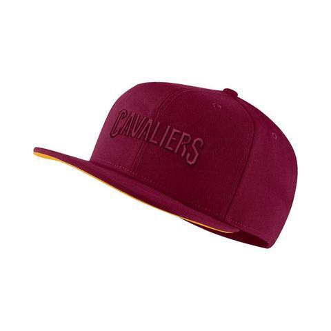 prezzo onesto più economico codici promozionali Cappello Cleveland Cavaliers Nike Aerobill Nba - Red from Nike on 21 Buttons