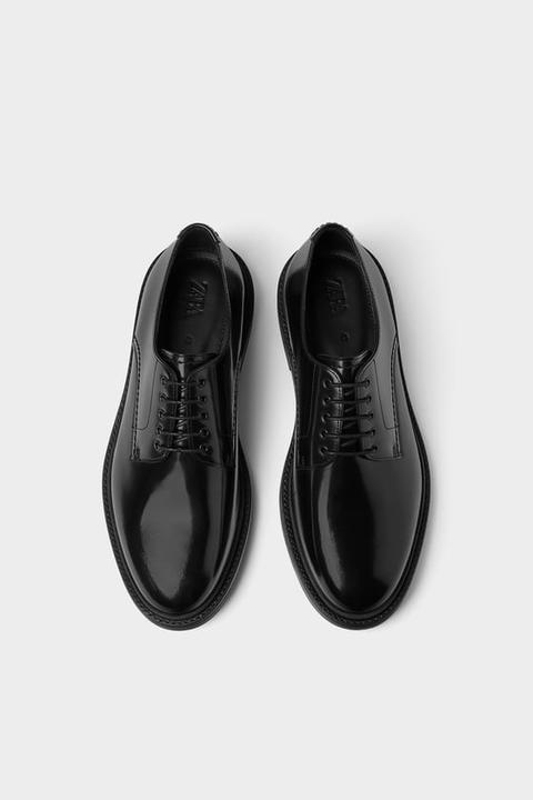 Zapato Piel Negro Antic de Zara en 21 Buttons