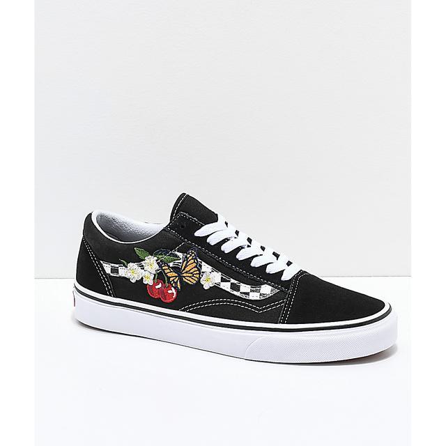 Vans Old Skool Black & White Checkered Floral Skate Shoes | Zumiez de Zumiez en 21 Buttons