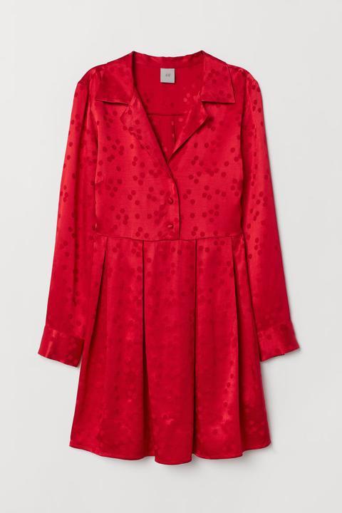 nouveau produit ea916 cc053 H & M - Robe Chemise - Rouge from H&M on 21 Buttons