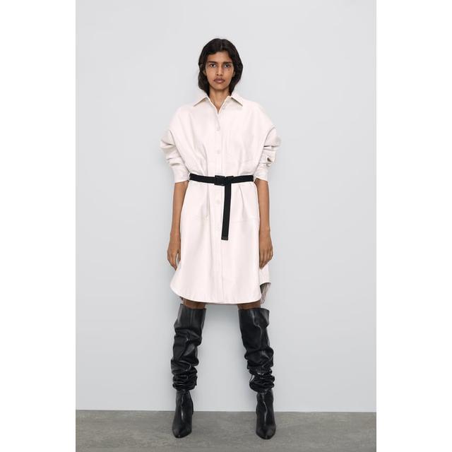 Giacca Camicia Lunga Effetto Pelle di Zara su 21 Buttons