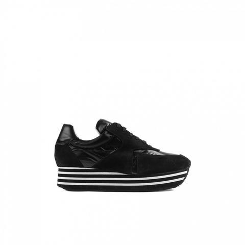 Sneaker Berlín Tejido Negra de Un Paso Mas en 21 Buttons