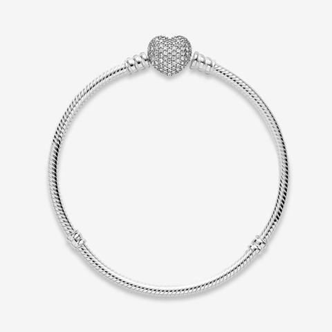 Pandora Moments Sparkling Heart Pavé Clasp Snake Chain Bracelet - Sterling Silver / Clear