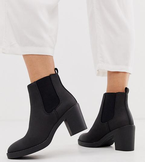 chunky high heel chelsea boots